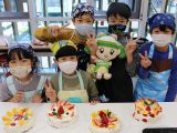 岩倉支店で「親子クリスマスケーキづくり」をおこないました